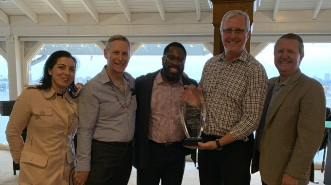 Online Trading Academy Wins The 2019 Dale Carnegie International Leadership Award